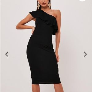 ONE SHOULDER RUFFLE BODYCON MIDI DRESS